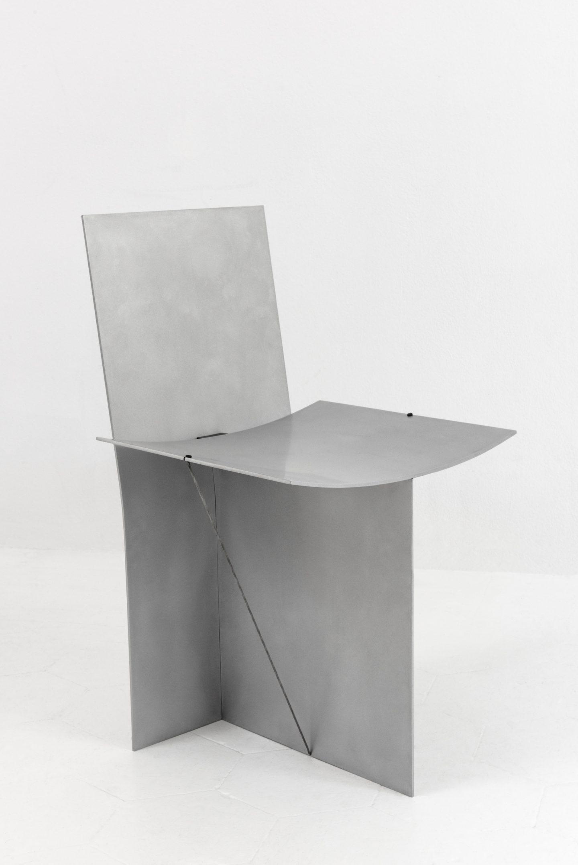 IGNANT-Design-Guglielmo-Poletti-Equilibrium-Chair-04