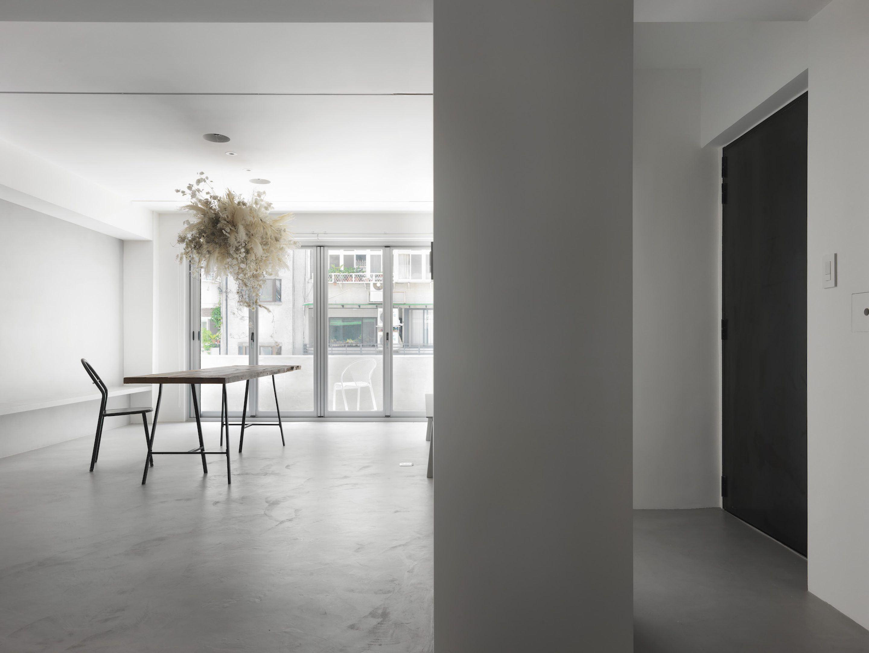 IGNANT-Design-Two-Books-Design-Changs-Apartment-06