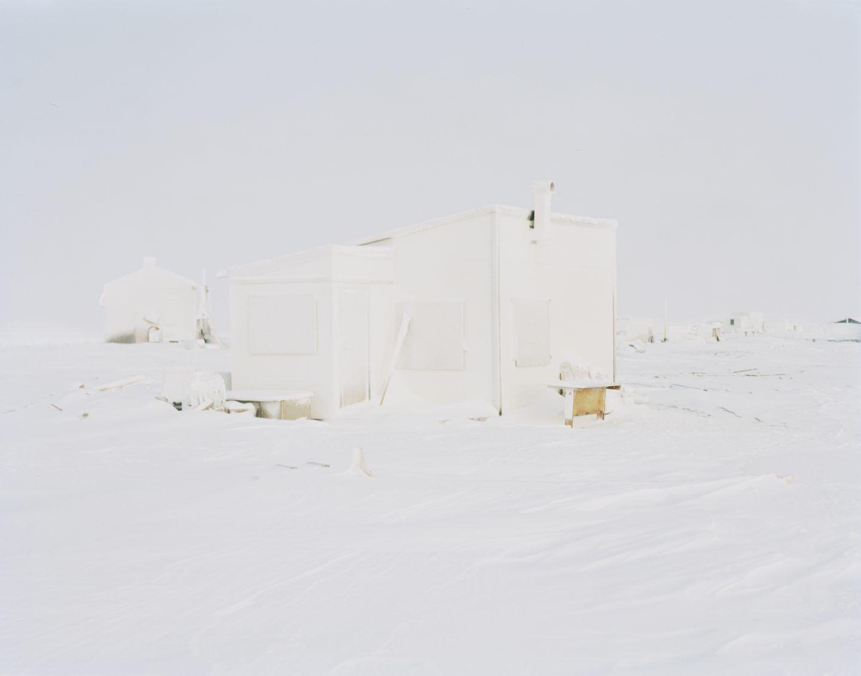 IGNANT-Photography-Eirik-Johnson-Barrow-Cabins-012