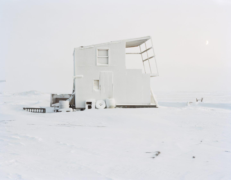 IGNANT-Photography-Eirik-Johnson-Barrow-Cabins-014