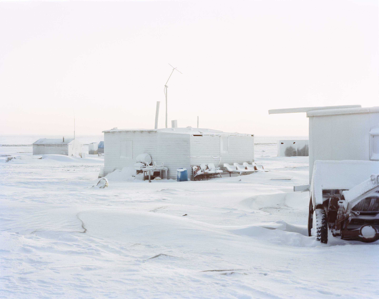 IGNANT-Photography-Eirik-Johnson-Barrow-Cabins-02