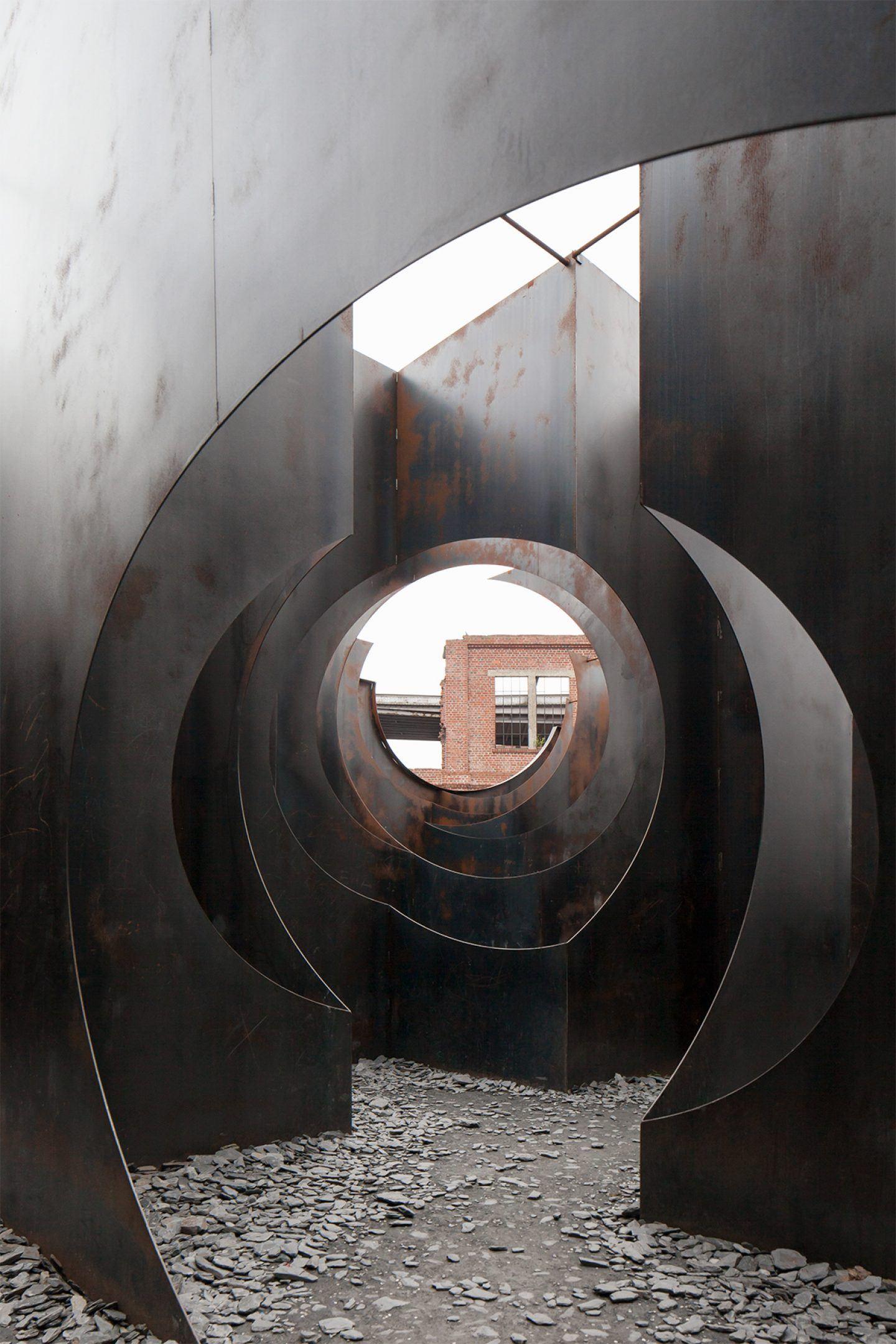 IGNANT-Architecture- Gijs-Van-Vaerenbergh-Labyrinth-Johnny-Umans-010