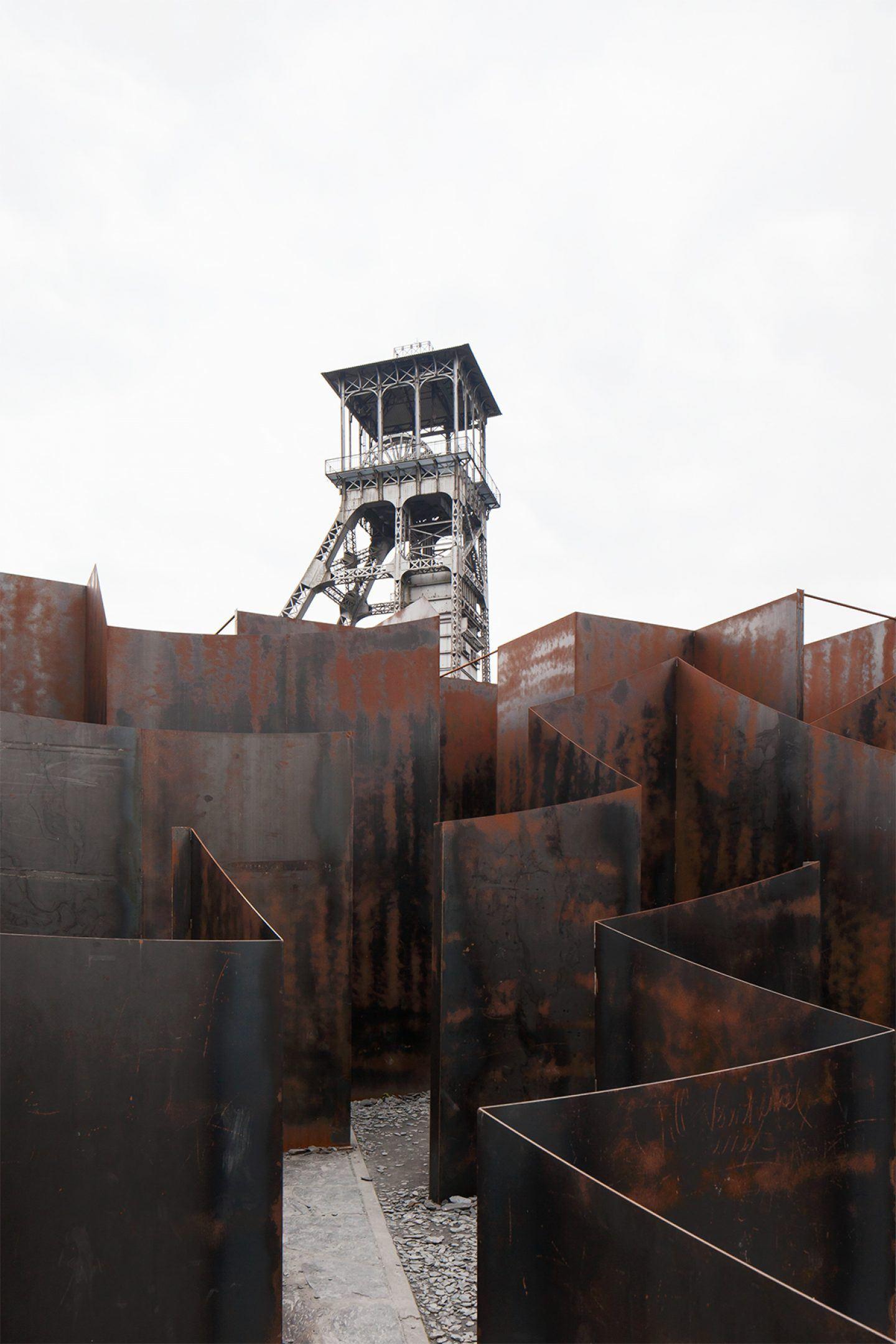 IGNANT-Architecture- Gijs-Van-Vaerenbergh-Labyrinth-Johnny-Umans-019