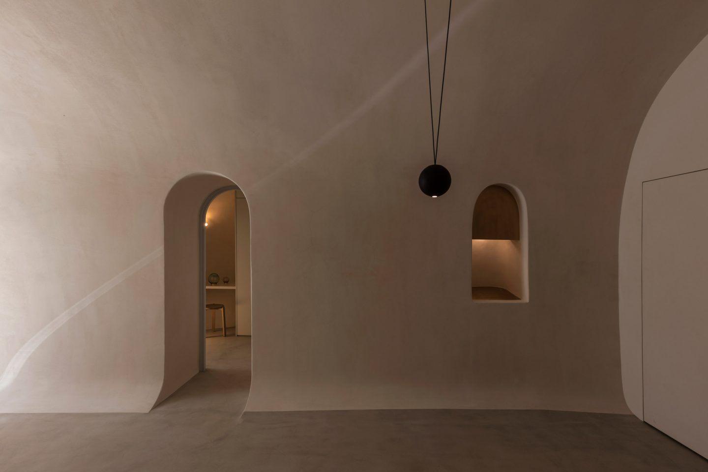 IGNANT-Architecture-Kapsimali-Fira-012
