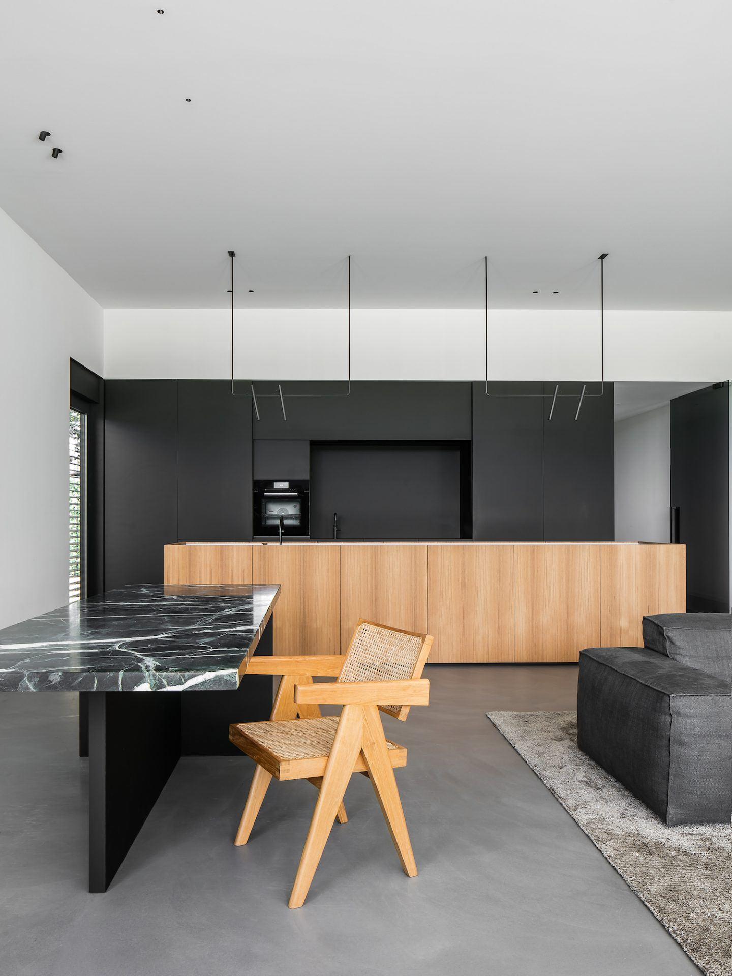 IGNANT-Architecture-Niels-Maier-Oblique-House-01
