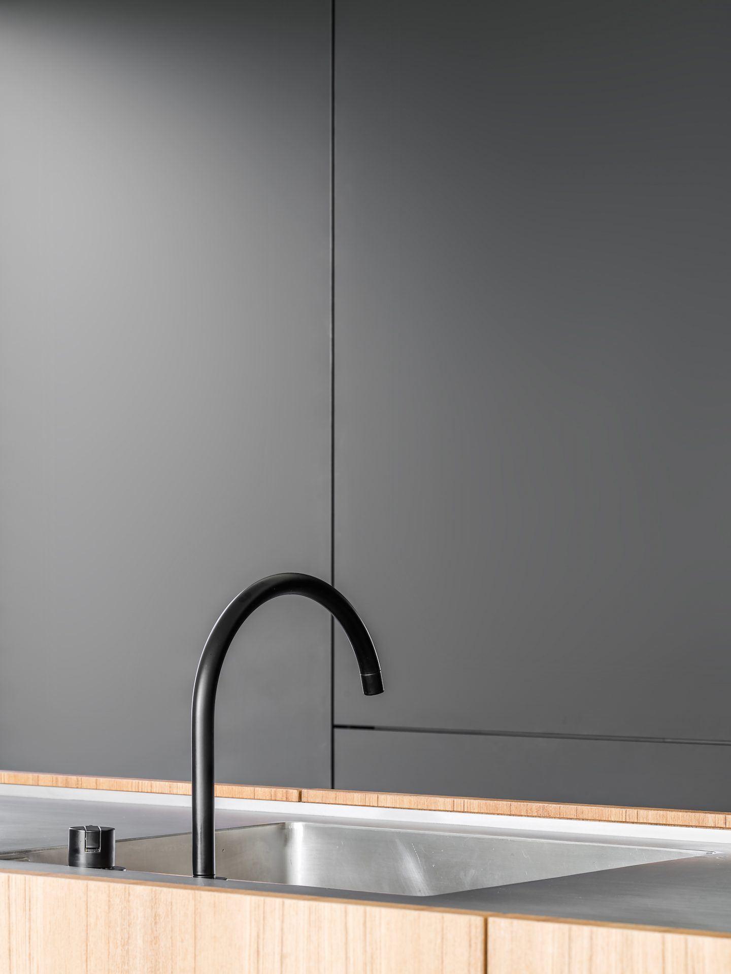 IGNANT-Architecture-Niels-Maier-Oblique-House-04