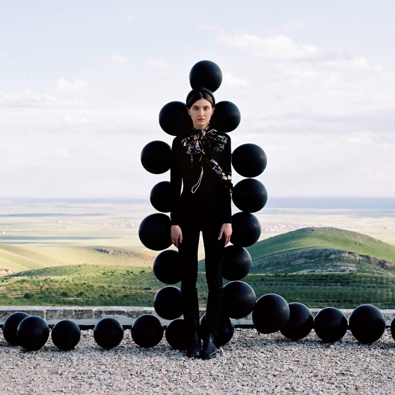 IGNANT-Photography-Can-Dagarslani-Sophie-Bogdan-03
