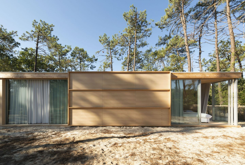 IGNANT-Architecture-Nicolas-Dahan-Wooden-Villa-012