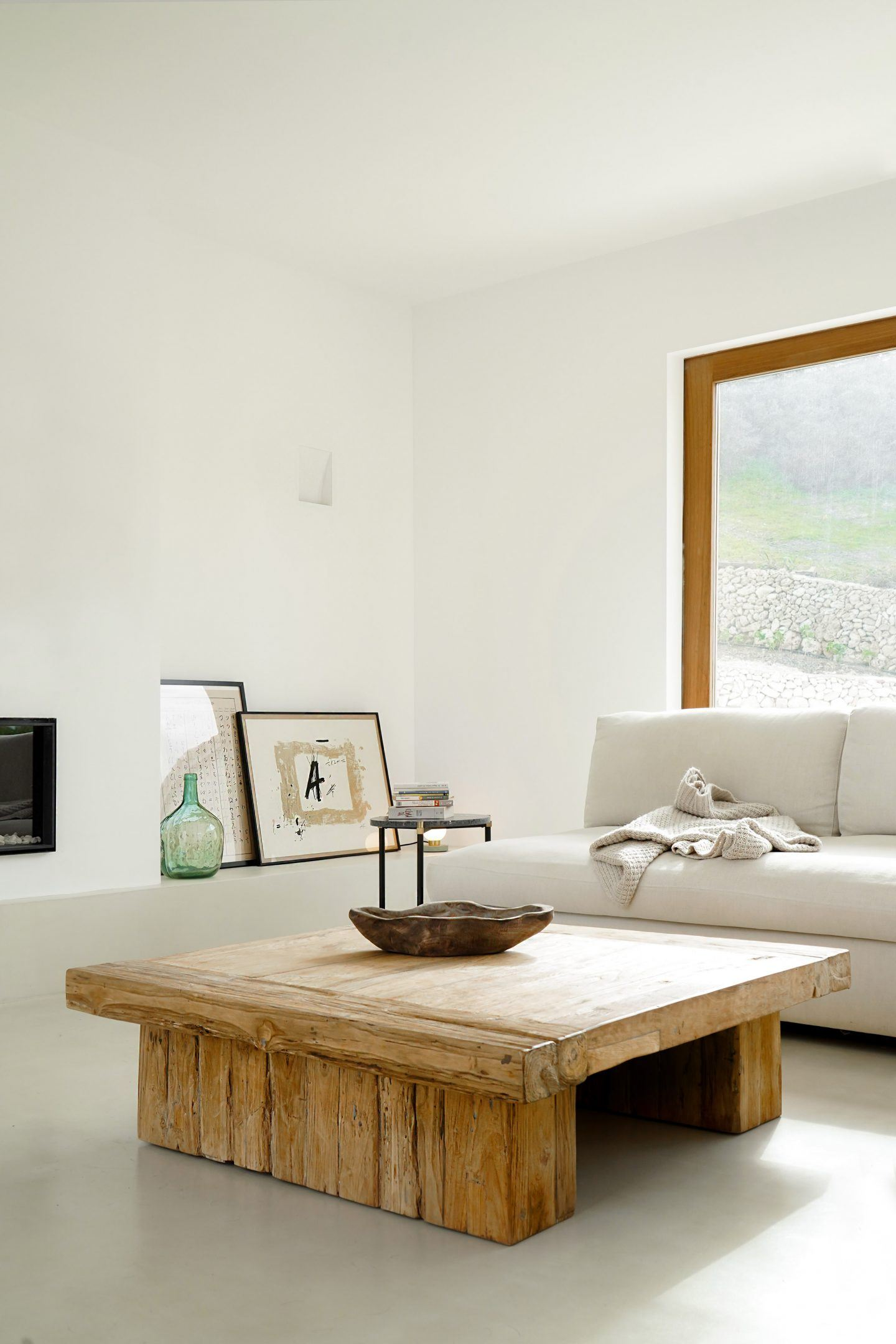 IGNANT-Architecture-Marina-Senabre-Menorca-House-07