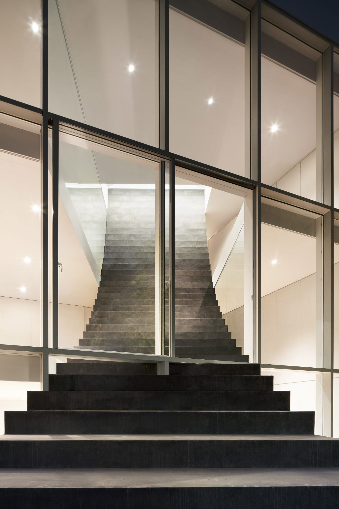 IGNANT-Architecture-Nendo-Stairway-House-012