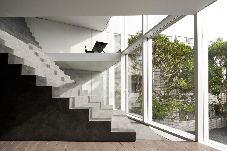 IGNANT-Architecture-Nendo-Stairway-House-03