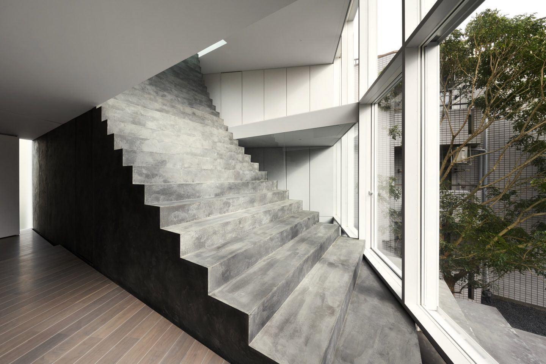IGNANT-Architecture-Nendo-Stairway-House-05