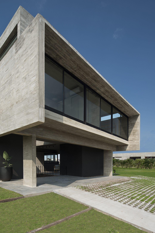 IGNANT-Architecture-Casa Castaños-2