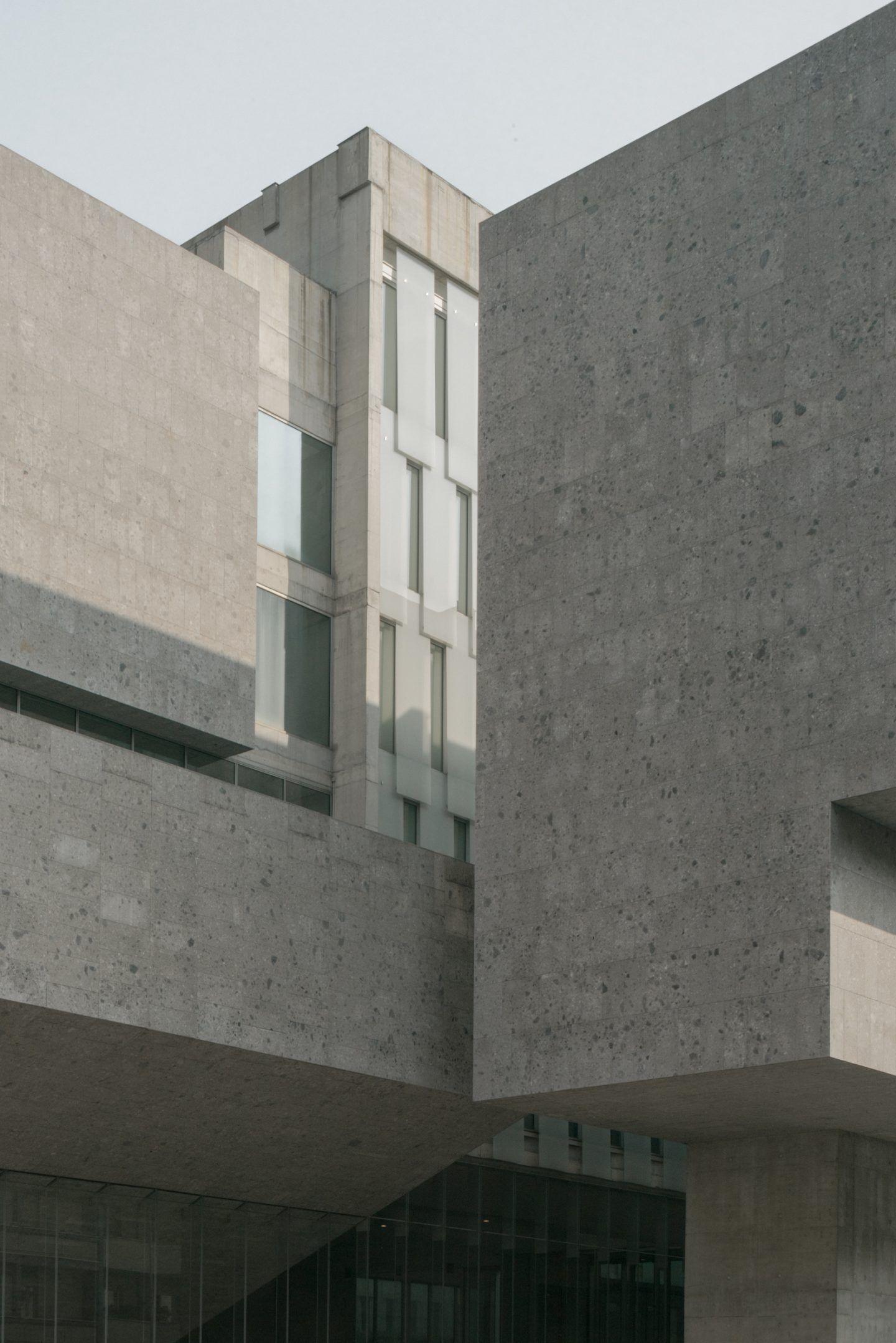 IGNANT-Travel-Lorenzo-Zandri-Grafton-Bocconi-University-03