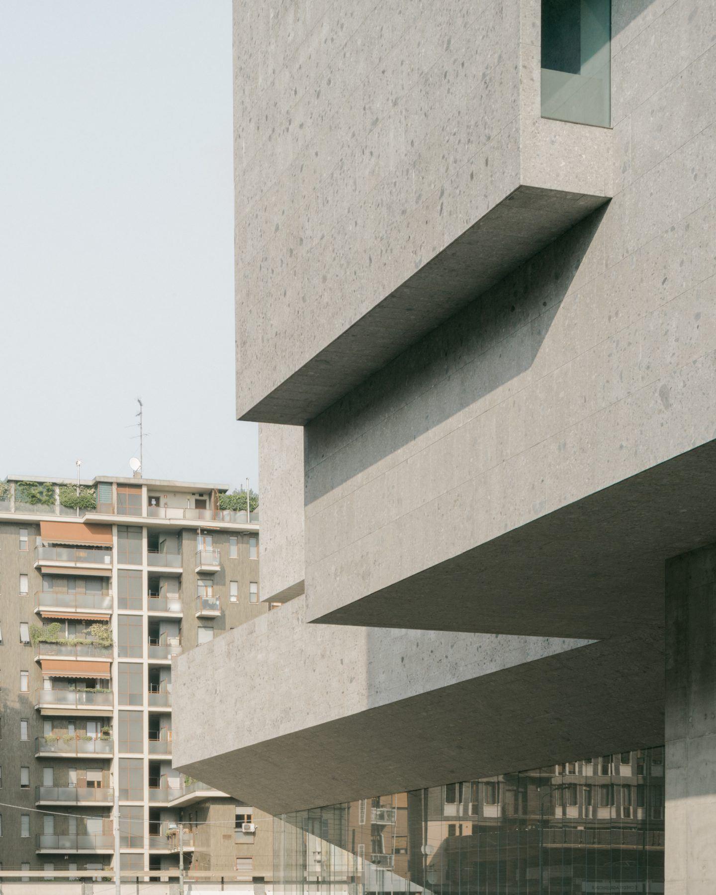 IGNANT-Travel-Lorenzo-Zandri-Grafton-Bocconi-University-04