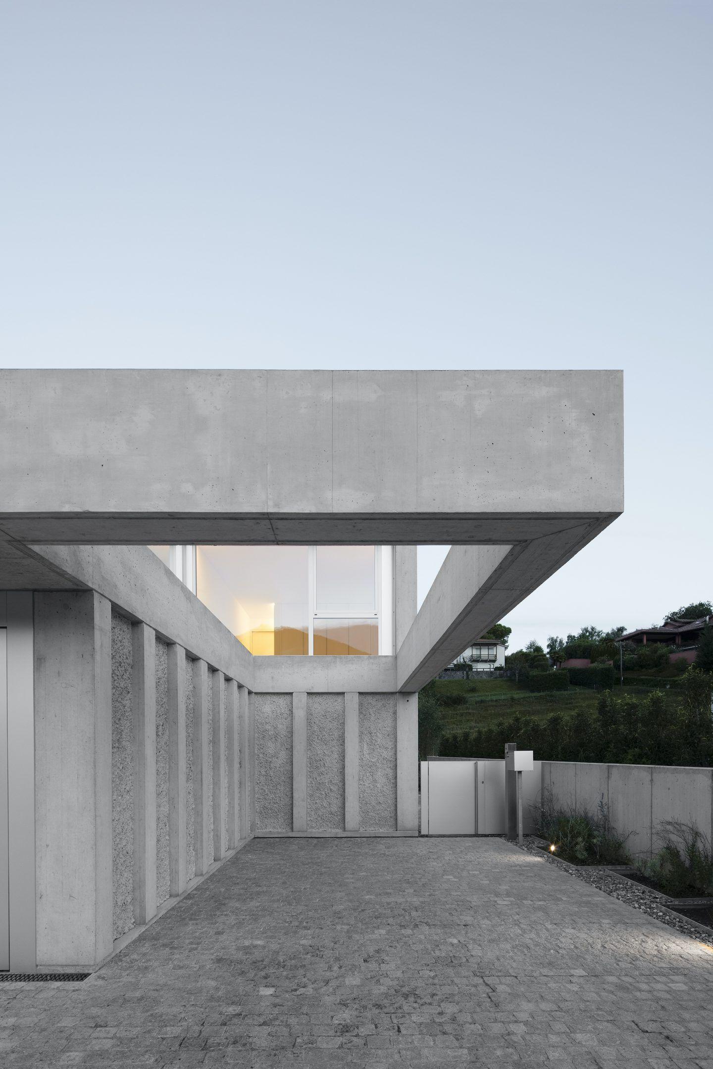 IGNANT-Architecture-DFDC-Concrete-Villa-03
