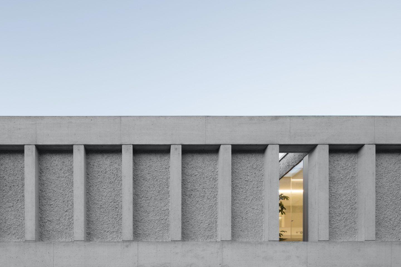 IGNANT-Architecture-DFDC-Concrete-Villa-04
