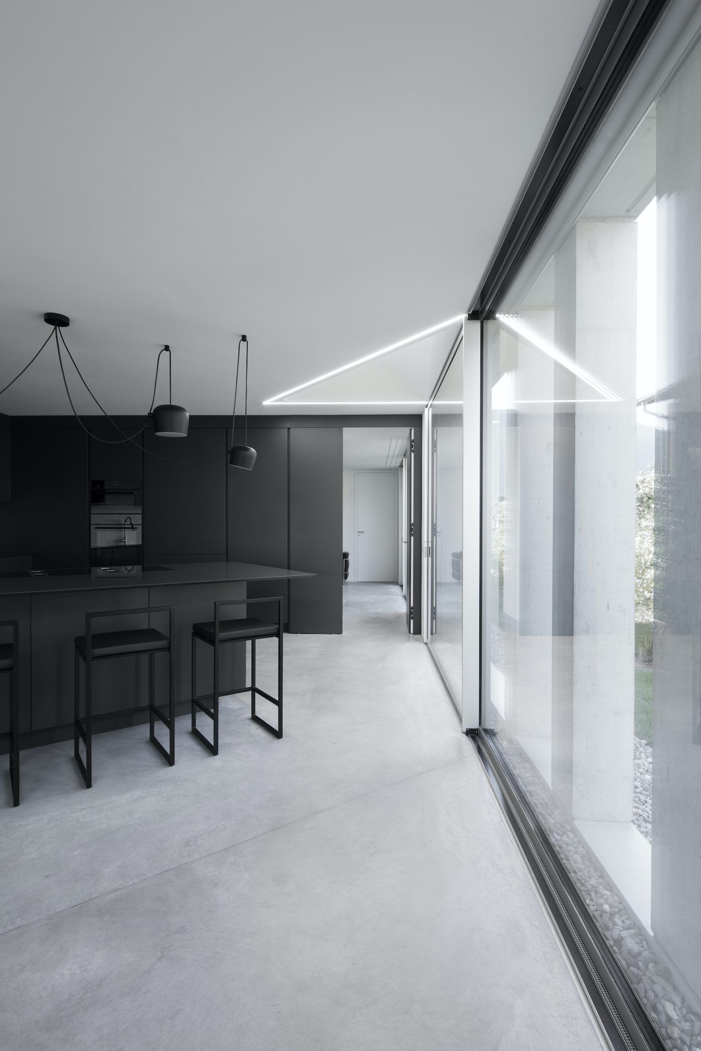IGNANT-Architecture-DFDC-Concrete-Villa-05