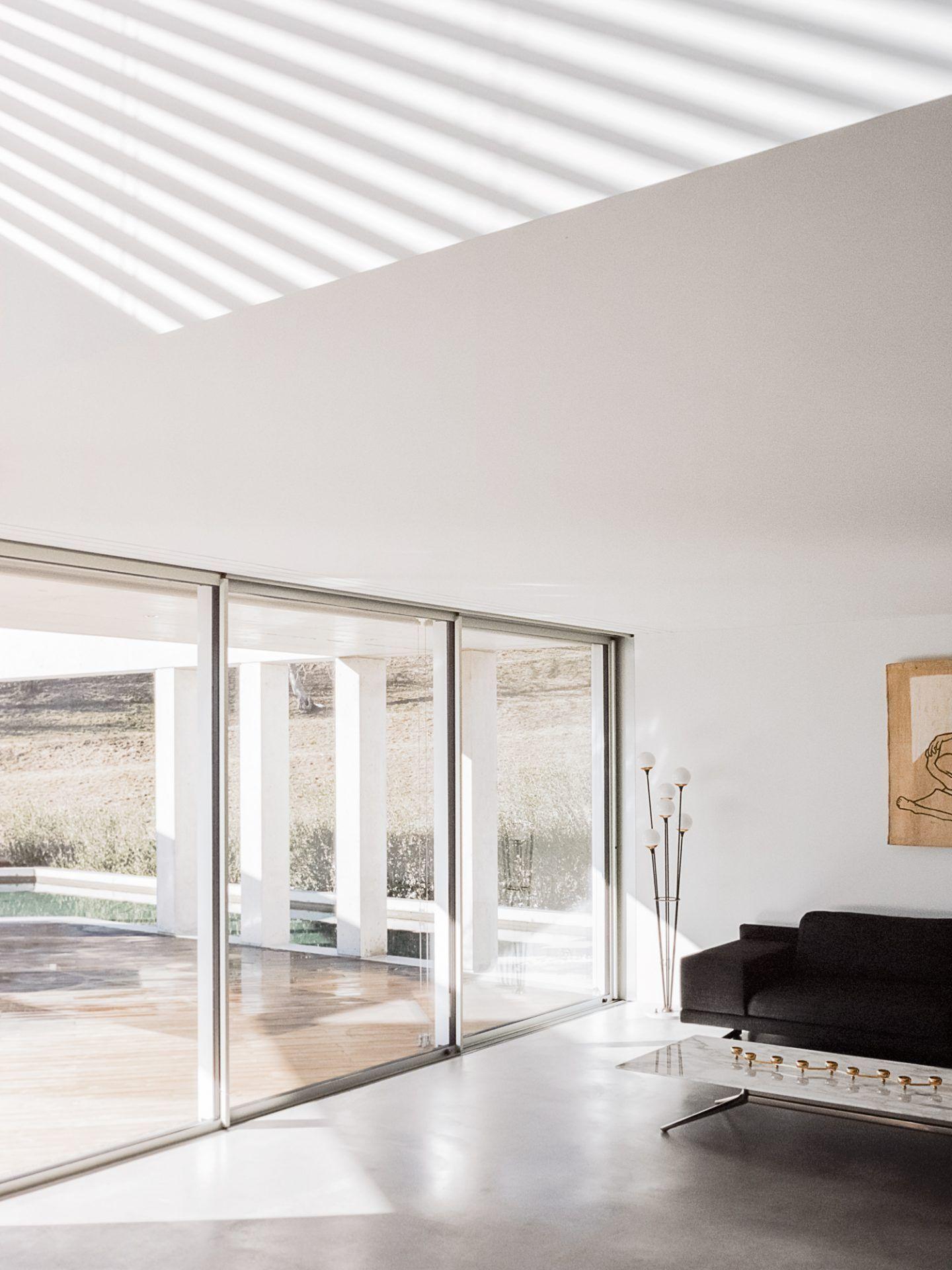 IGNANT-Architecture-DFDC-Concrete-Villa-08