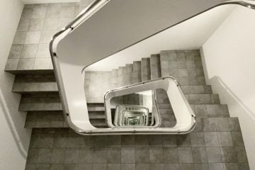 IGNANT-Art-Leandro-Erlich-Staircase-02