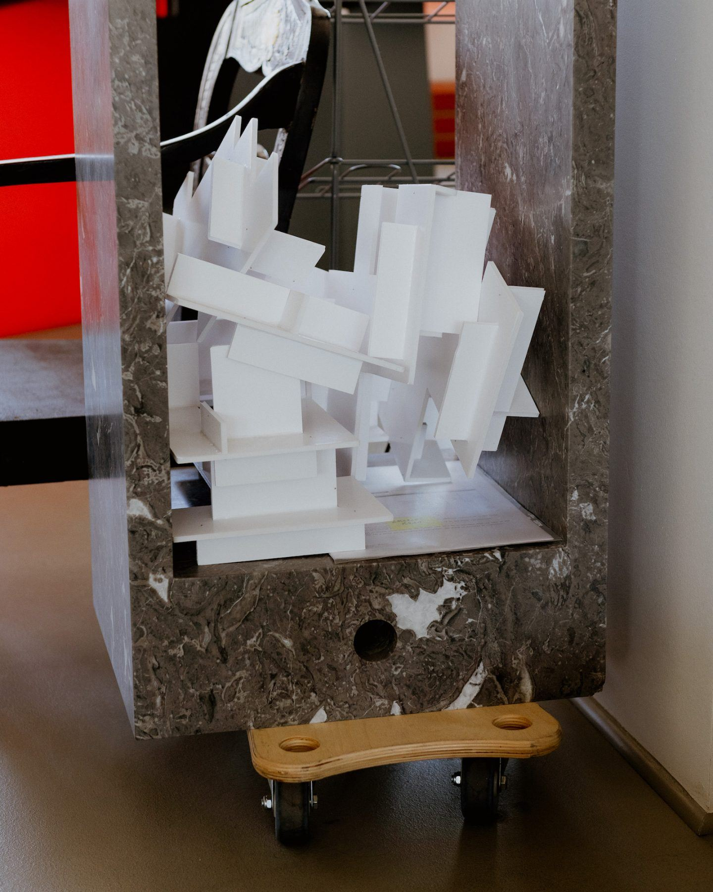 IGNANT-konstantin-grcic-magis-bell-chair-004