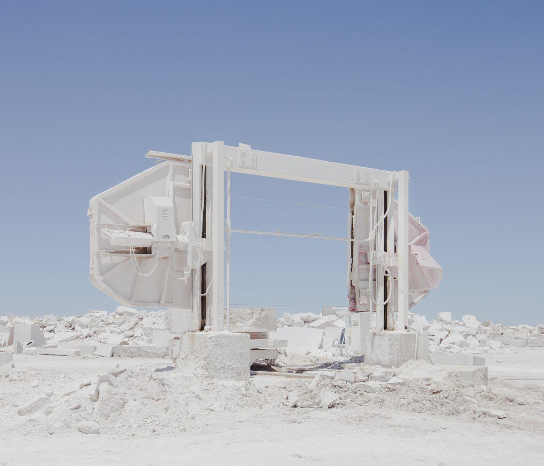 IGNANT-Photography-Marco-Szegers-Water-Mining-Exodus-010