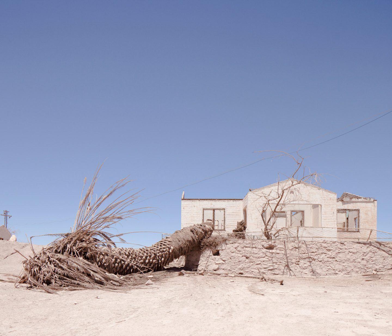 IGNANT-Photography-Marco-Szegers-Water-Mining-Exodus-013
