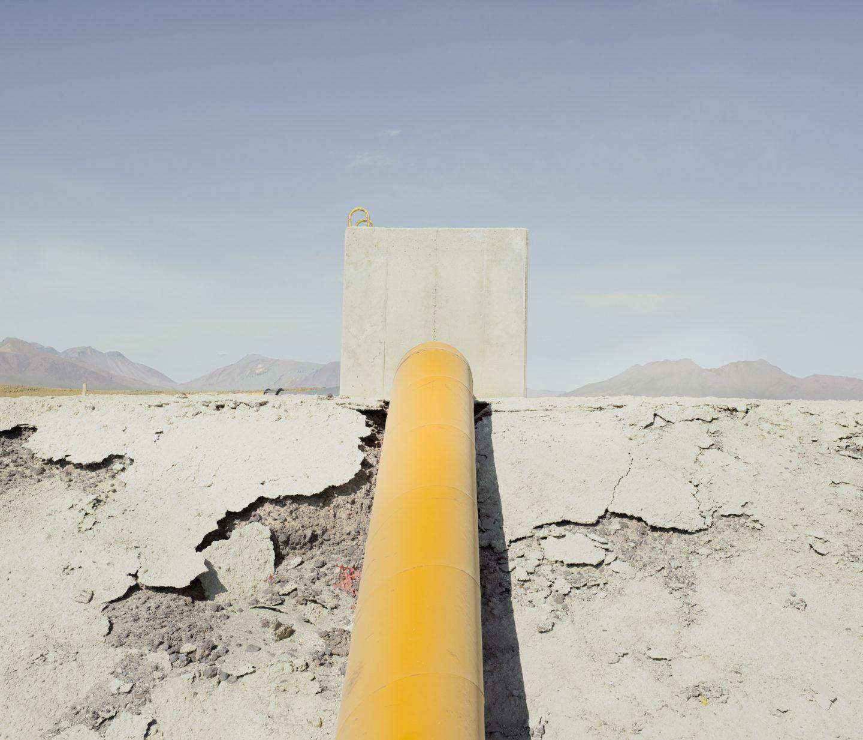 IGNANT-Photography-Marco-Szegers-Water-Mining-Exodus-015