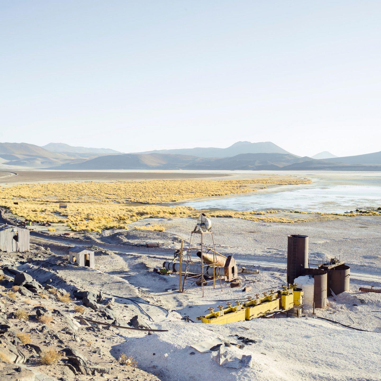 IGNANT-Photography-Marco-Szegers-Water-Mining-Exodus-024