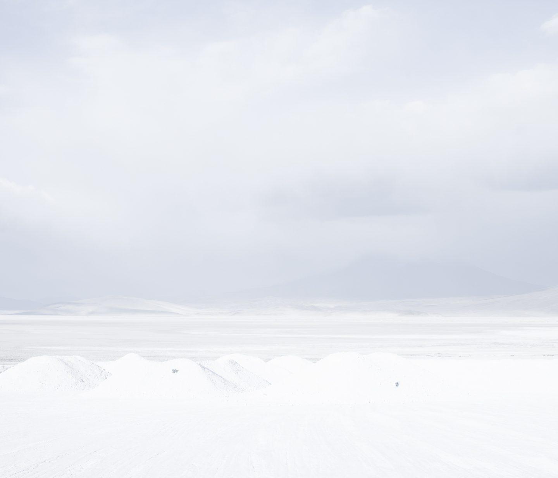 IGNANT-Photography-Marco-Szegers-Water-Mining-Exodus-05