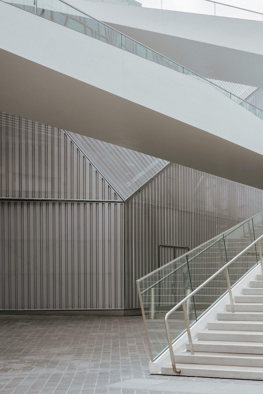 IGNANT-Architecture-North-Greenwich-Sculptural-Screen-1