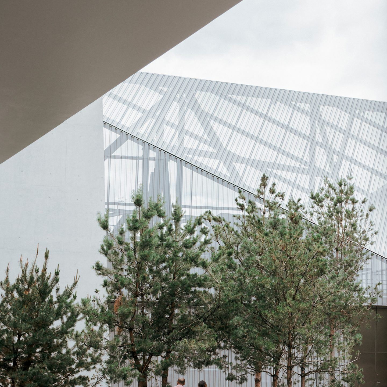 IGNANT-Architecture-North-Greenwich-Sculptural-Screen-6