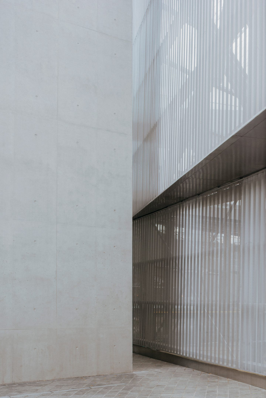 IGNANT-Architecture-North-Greenwich-Sculptural-Screen-8