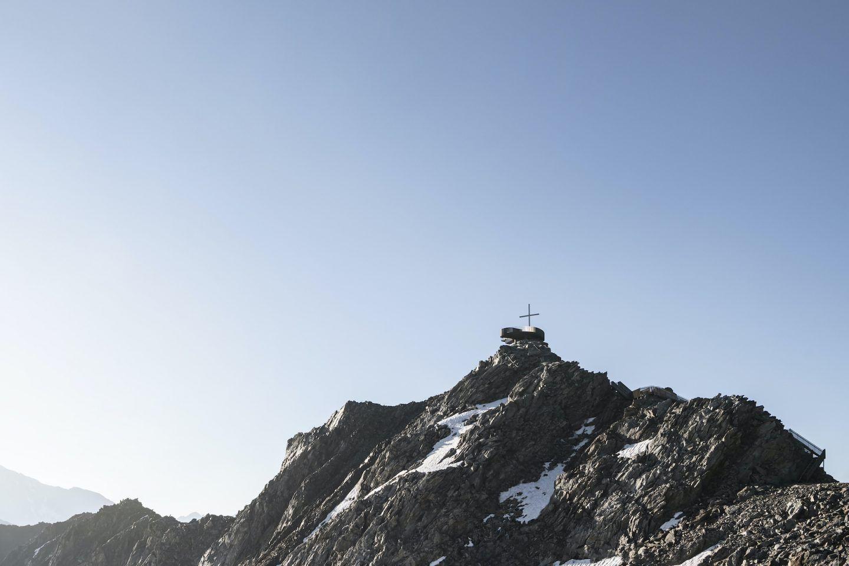 IGNANT-Travel-NOA-Otzi-Peak-013
