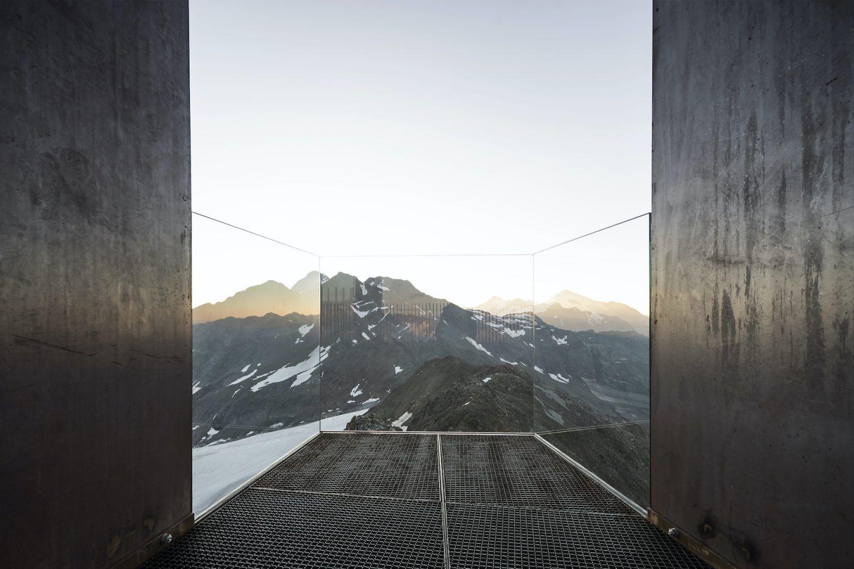 IGNANT-Travel-NOA-Otzi-Peak-04