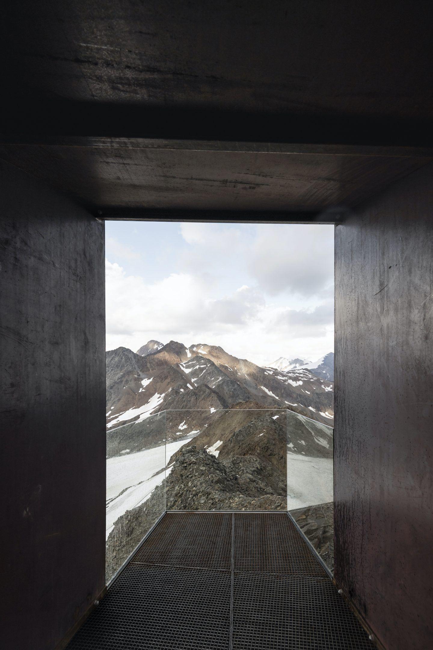 IGNANT-Travel-NOA-Otzi-Peak-06