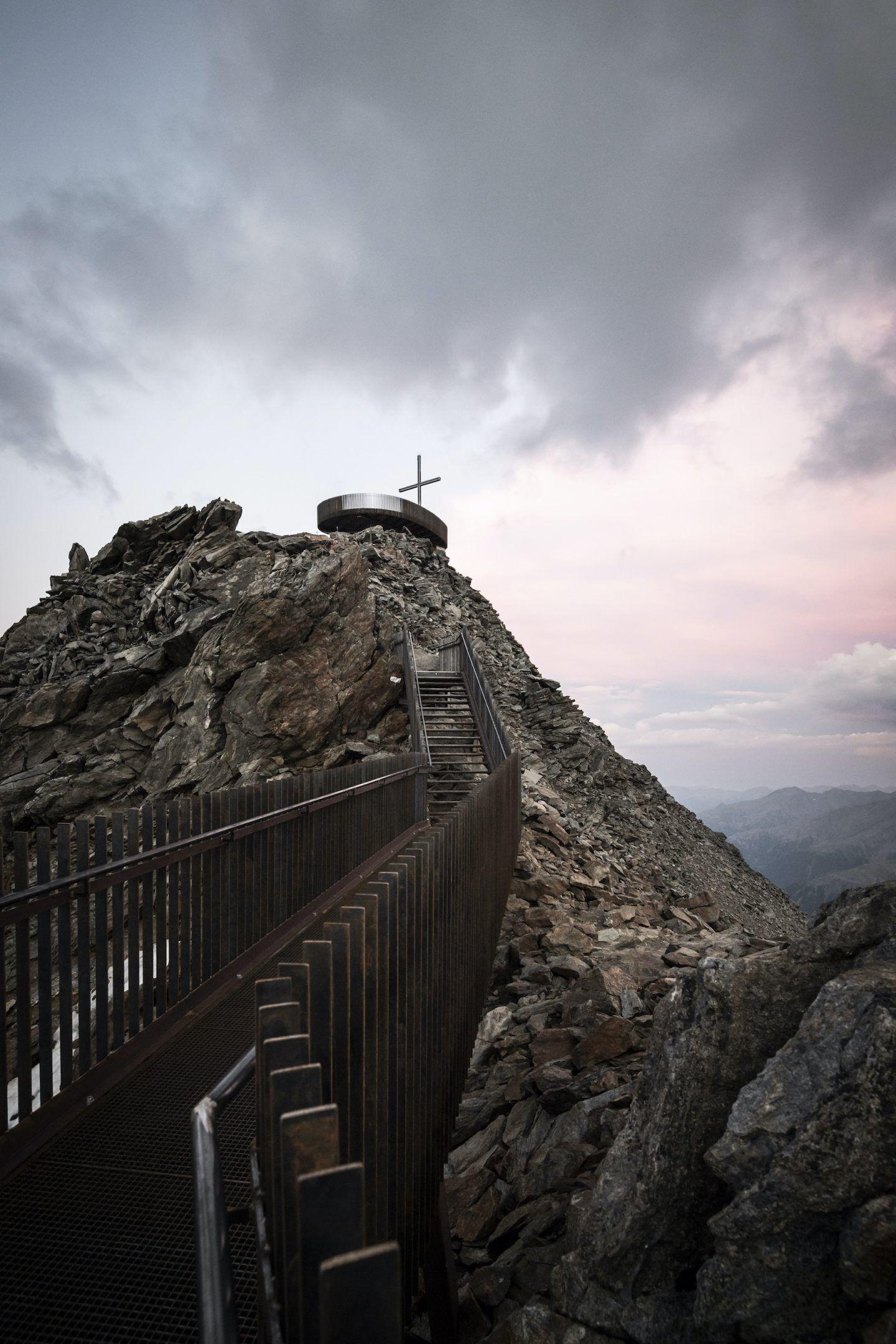 IGNANT-Travel-NOA-Otzi-Peak-08