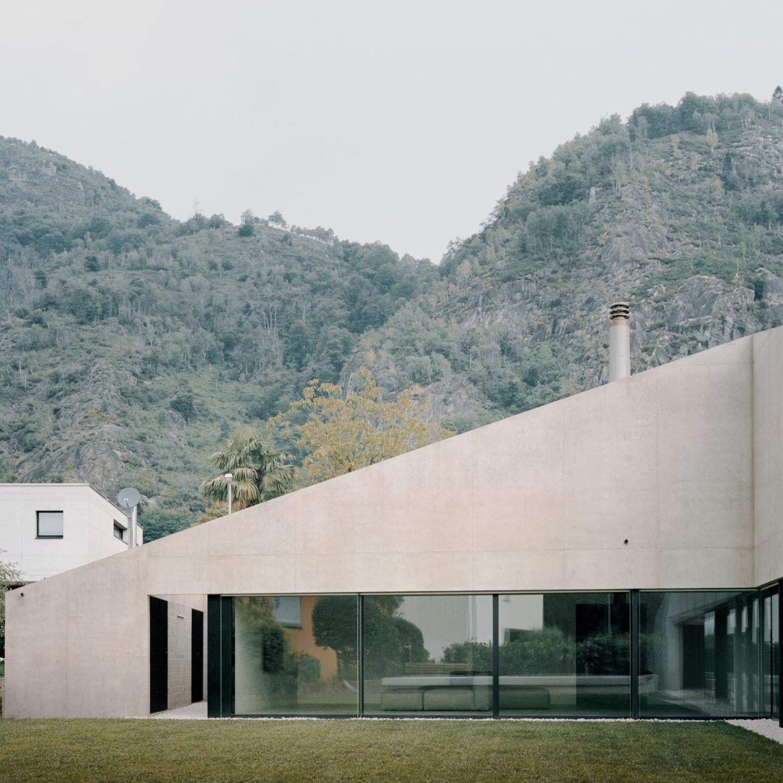 IGNANT-Architecture-DF-DC-Pyramid-House-05
