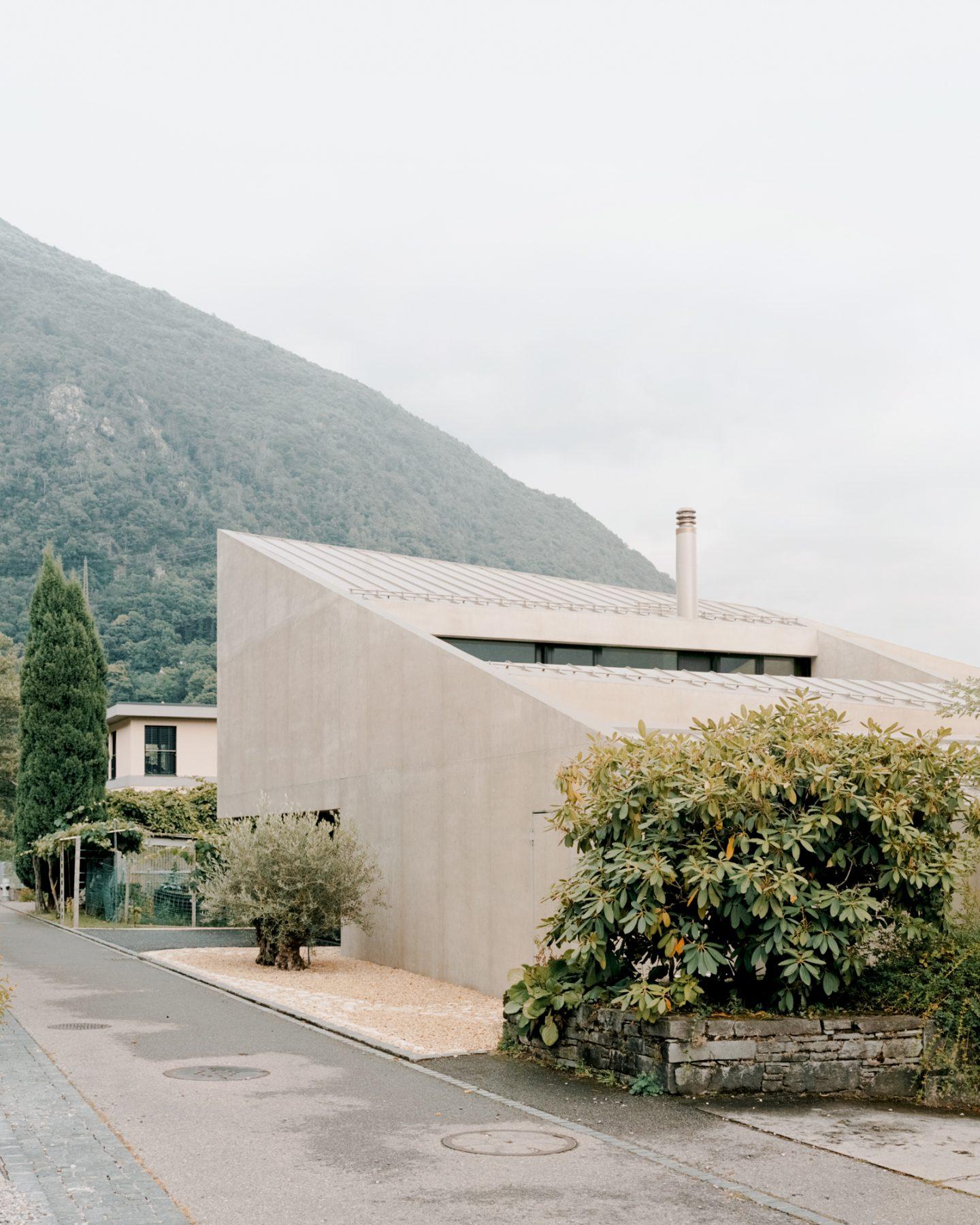 IGNANT-Architecture-DF-DC-Pyramid-House-07