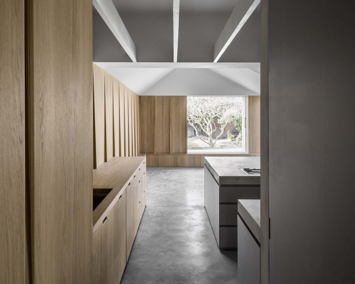 IGNANT-Architecture-Kew-Road-McLaren-Excell-13