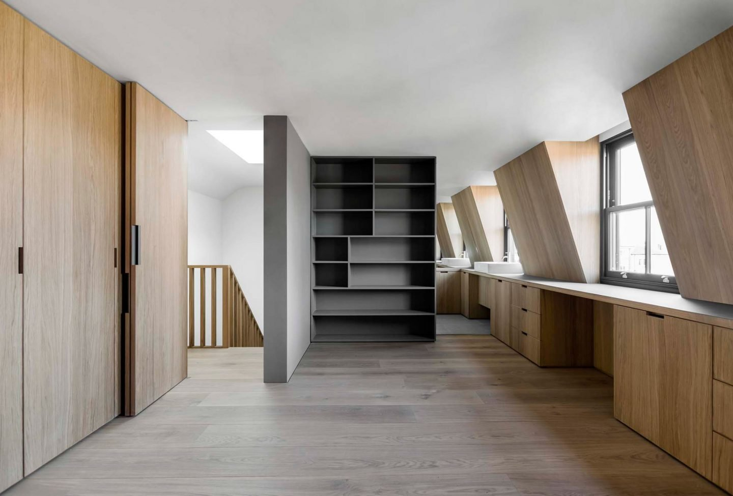 IGNANT-Architecture-Kew-Road-McLaren-Excell-21