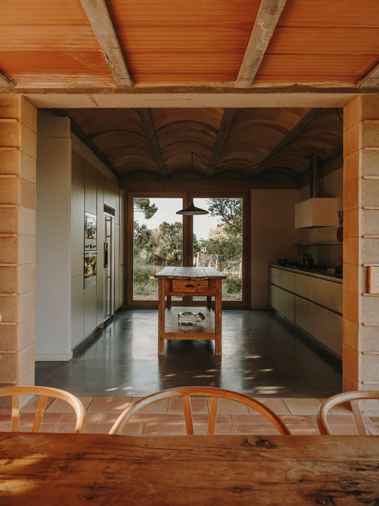 IGNANT-Architecture-Mesura-Casa-Ter-Salva-Lopez-26