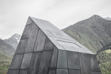 IGNANT-Architecture-South-Tyrol-Pacherhof-Wine-Cellar-02