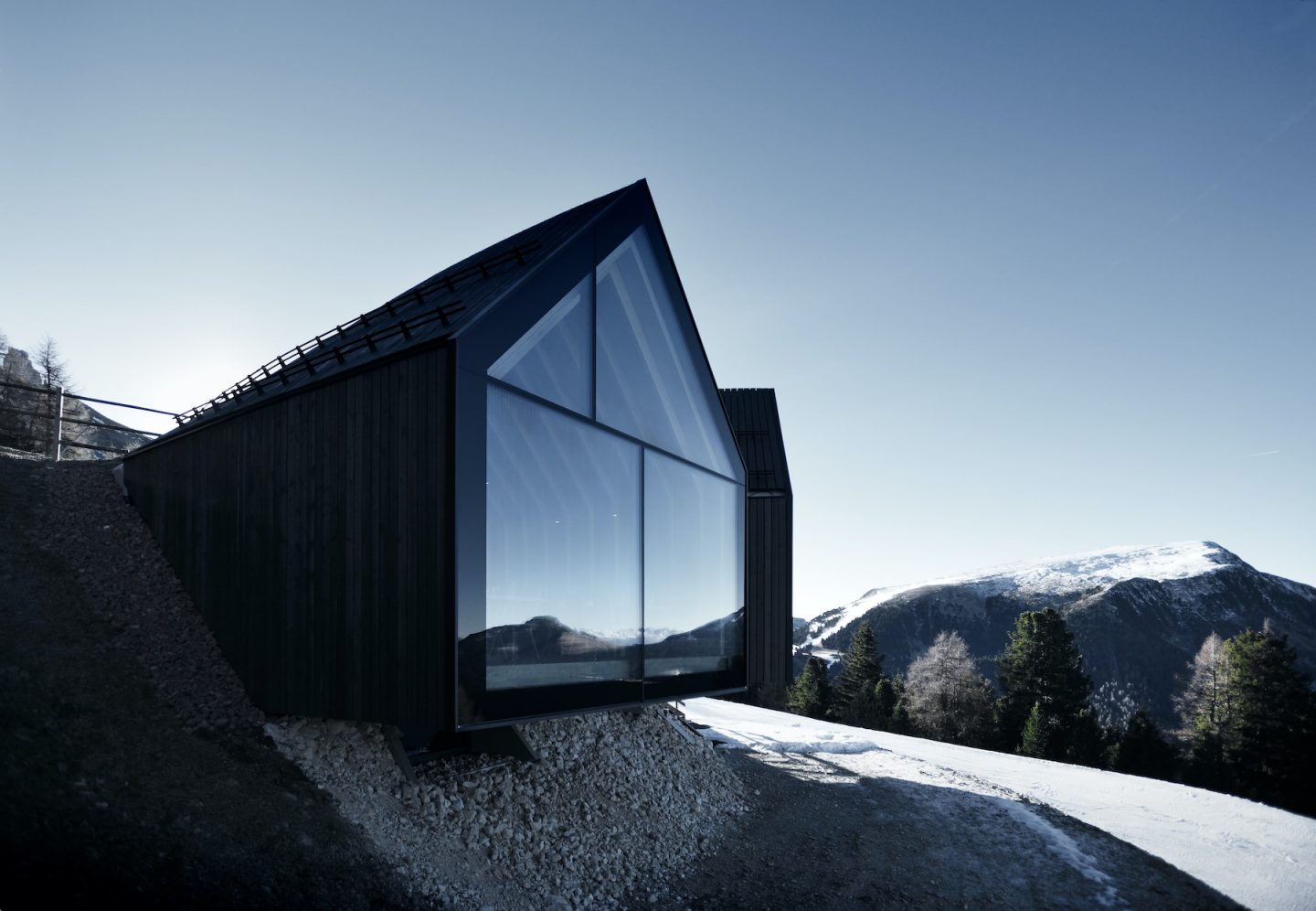 IGNANT-Architecture-South-Tyrol-Peter-Pichler-Oberholz-03