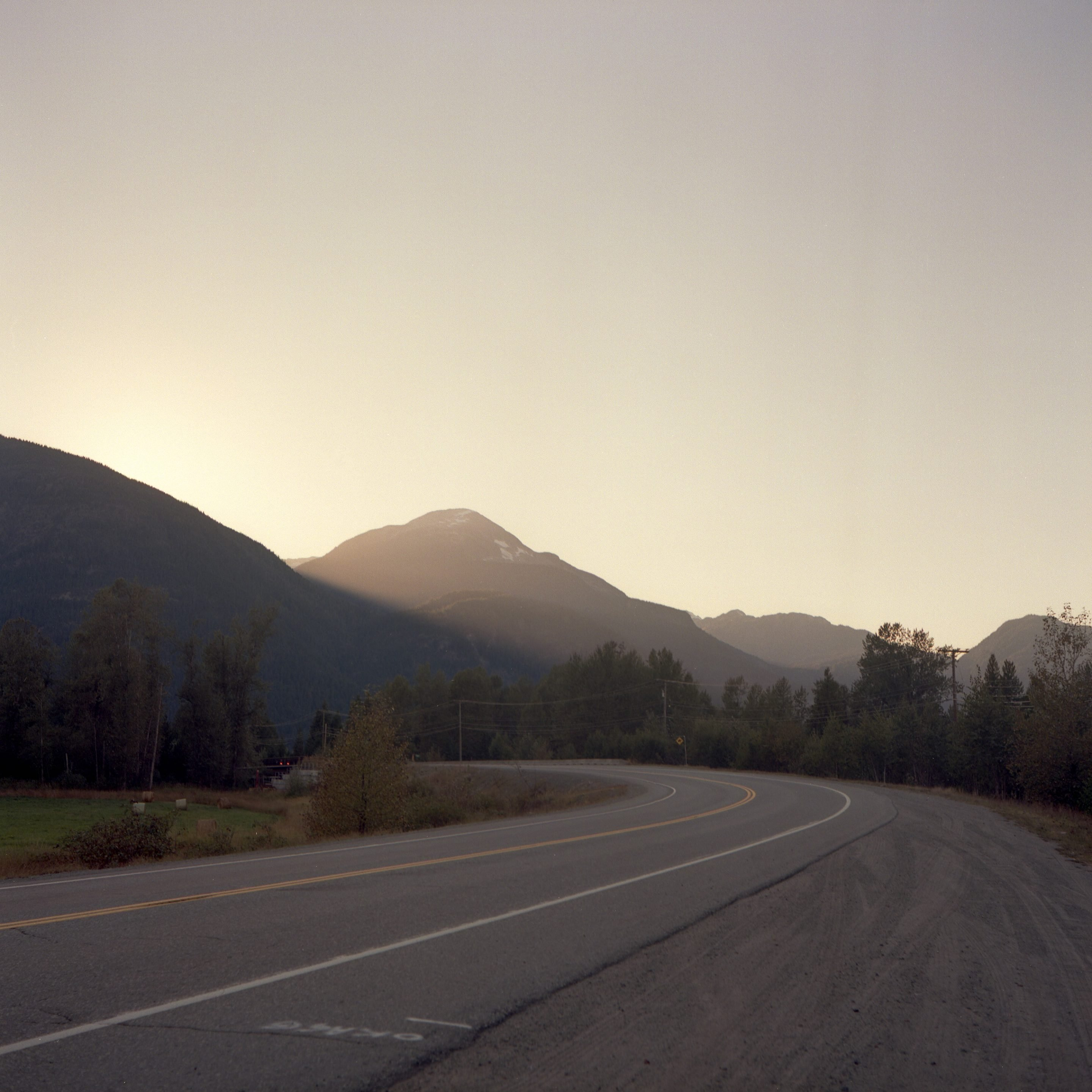 IGNANT-Photography-Alex-Fleming-British-Columbia-014-min