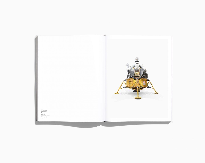 IGNANT-Photography-Benedict-Redgrove-NASABook-11
