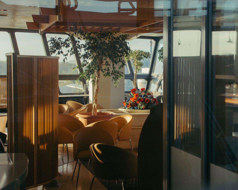IGNANT-Photography-Flughafen-Tegel-Felix-Bruggemann-Robert-Rieger-011