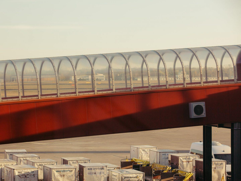 IGNANT-Photography-Flughafen-Tegel-Felix-Bruggemann-Robert-Rieger-012