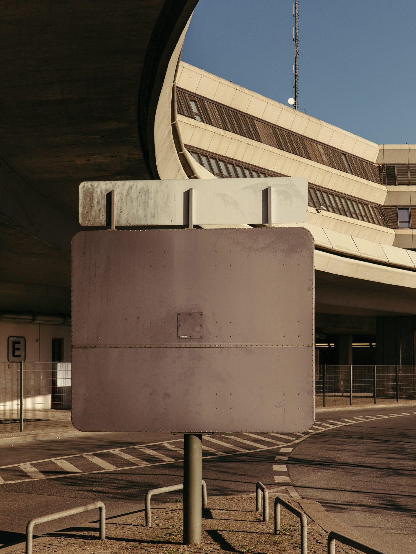 IGNANT-Photography-Flughafen-Tegel-Felix-Bruggemann-Robert-Rieger-014