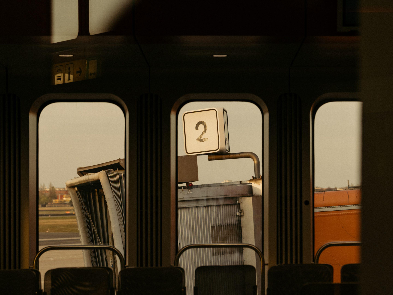 IGNANT-Photography-Flughafen-Tegel-Felix-Bruggemann-Robert-Rieger-06